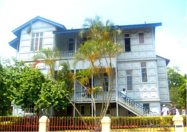 Iron House , Maputo