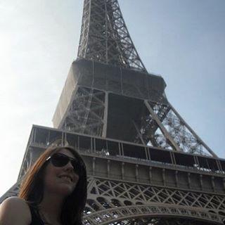Vicki Garside - Paris See the world