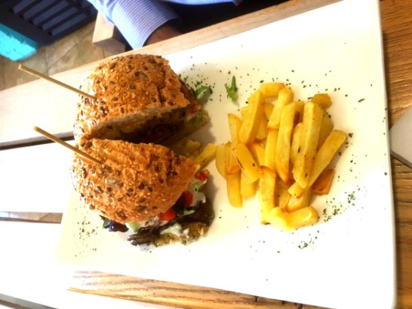 Aurelies Health & Lifestyle Cafe Eastern Soul Burger