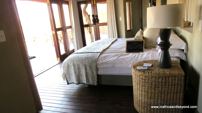 Madikwe Safari Lodge room