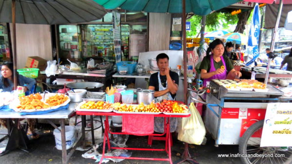Street food vendors - Things to do in Bangkok