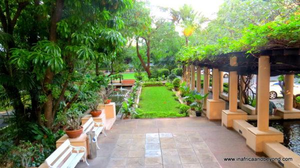Somerset Park Suanplu Gardens