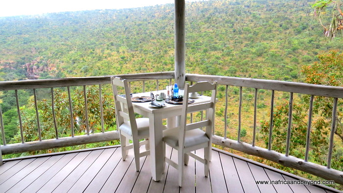 Clifftop Exclusive Safari Hideaway - an exquisite safari retreat