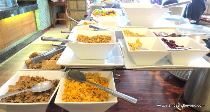 Protea Hotel Clarens breakfast