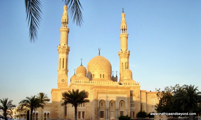 Beautiful mosques around the world
